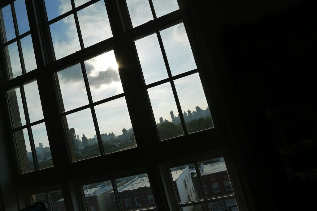 Queens, 30th Ave. Manhattan, Skyline, Window, Astoria Condos, Clouds, New York